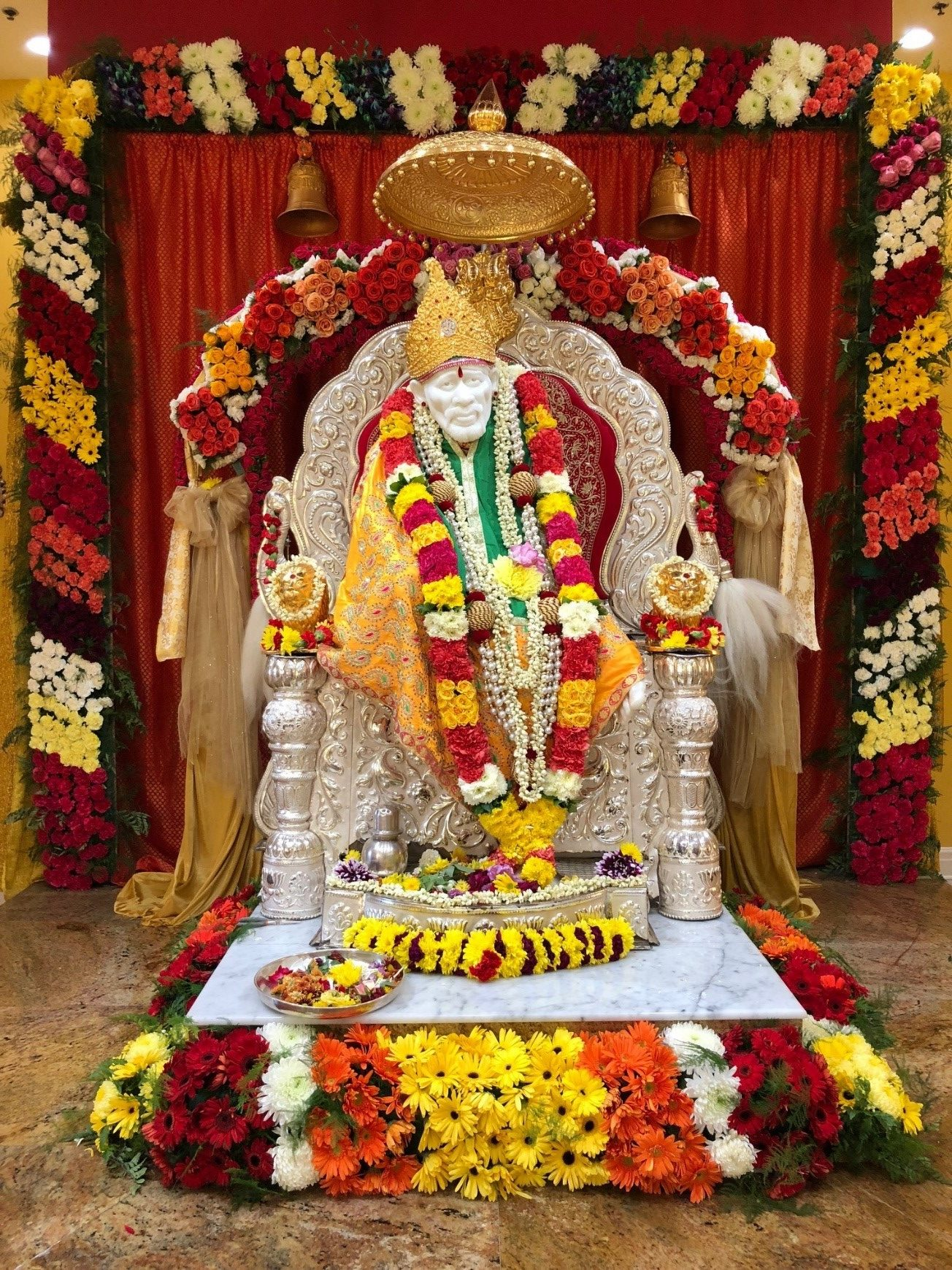 Mahasamadhi Baba's pic